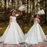 Wholesale Pure White Flower Girl Dresses - 2018 Pure White Flower Girls Dresses Jewel Neck Lace Appliques Beads Sashes Sweep Train Satin Birthday Communion Children Girl Pageant Gowns