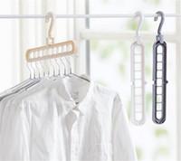 estante de ropa de casa al por mayor-Organización de almacenamiento en el hogar Percha de ropa Rack de secado Bufanda de plástico Perchas de ropa Racks de almacenamiento Armario Percha de almacenamiento