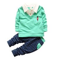 89748ecfa2716 Mode 2018 Printemps Automne Enfants Garçon Fille Chemise Col Vêtements Bébé  T-shirt Pantalon 2 Pcs   Ensembles Angleterre Style Vêtements Survêtement  ...