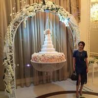 acryl stand hochzeit großhandel-Luxus-hängende Kuchen-Gestell-Hochzeits-Kuchen-Stand-transparente Acrylkorn-Acrylhaupttisch-Dekoration-Größe: Durchmesser 60cm