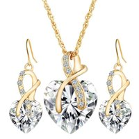 Wholesale wholesale wedding earings for sale - Red Blue Crystal Heart Pendant Necklace Earings Jewelry Sets Gold Chain Women Bridesmaid Engagement Wedding Gift hy bb