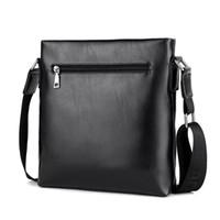 leder rucksack satchel koreanisch großhandel-Die neue männliche Paket Tasche PU Leder Satchel BAG Herren Business Casual Bag koreanischen vertikalen Rucksack