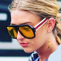 big framed glasses retro großhandel-Übergroße Sonnenbrille Frauen Markendesigner Retro Big Frame Rot Grün Sonnenbrille 2018 New Flat Top Shades Clear Yellow Eyewear