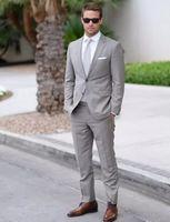 ingrosso groomsmen si adatta a grigio chiaro-Grigio chiaro Abiti da sposa uomo Slim Fit Smoking dello sposo per gli uomini 2 pezzi Groomsmen Suit economici formale Suit Suit Best Man (Giacche + Pant)
