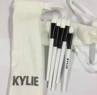 Wholesale Christmas Makeup Brush Gift Set - Hot Kylie Jenner Holiday Edition Makeup brushes kit Limited Edition brush Set 5 pcs beauty tools for Christmas gift drop shipping