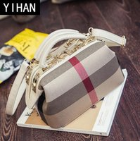 Wholesale plaid trends - Factory wholesale brand handbags street fashion style canvas Doctor Bag trend large capacity Gewen classic color leather tote handbag
