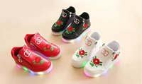 Wholesale rose floral print fabric - 2018 spring and autumn Korean version of fashion leisure rose light child shoes LED Noctiluca light soft bottom girl and baby shoes 2-3