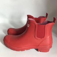 borracha venda por atacado-Short Rainboots Mulheres Botas à prova d 'água Welly botas De Borracha Rainboots Água sapatos Botas de chuva para Homens e Mulheres US5-US10