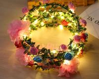 glühende lichtrosen großhandel-Mode Frauen LED Rosen Floral Stirnbänder Leuchtende Blinklicht Blume Haar Garland Kranz Party Hochzeit Liefert