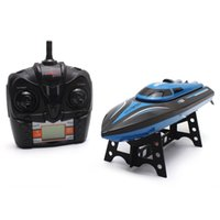 bateaux électriques pour les enfants achat en gros de-SKytech RC Bateau 4CH Bateau de course à grande vitesse 30KM / H Télécommande électrique Mini Airship 2.4GHz Bateaux avec écran LCD Kids Toy + NB