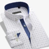 orangenherzknopf großhandel-Men's Kontrast Knopfleiste Heart Shaped Druck Kleid Shirt Patch Brusttasche Smart Casual Slim-Fit Langarm Button-down-Shirts