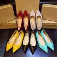couleur nude achat en gros de-Livraison gratuite Kate Styles plat 8cm 10cm 12cm rivets Chaussures à talons Chaussures Rouge Bas Nude Couleur Véritable Cuir Point Toe Pumps Caoutchouc 34-42