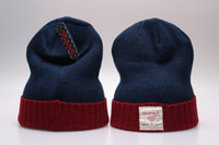 mavi kırmızı beanie toptan satış-Yeni Varış Örme Lacivert Kırmızı Diadmond Beanies Kaliteli Kış Sıcak Kafatası Şapka Pom Nakış Manşet Beanie Kap-D-a-0011