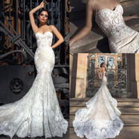 Wholesale fitted sexy wedding dresses resale online - 2019 Crystal Design Mermaid Wedding Dresses Sweetheart Fitted Lace Appliques Robe De Soiree Arabic Sexy Bridal Gowns with Court Train