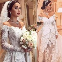 zuhair murad mermaid tulle wedding dresses venda por atacado-Glamorous Zuhair Murad Sereia Vestidos de Casamento Com Overskirt Frisado Lace Applique Fora Do Ombro Tule Vestidos De Noiva Ilusão Vestido De Noiva