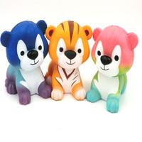 juguetes fotográficos al por mayor-Cartoon Tiger Squishy Descompresión Juguete Squishies Animal Forma Venting Toys Fotografía Toma Photo Prop Multi Color 20xm C