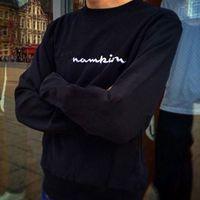 letras de camisola preta venda por atacado-18FW CHAP Letras Do Logotipo Bordado Camisola Retro Confortável Casuais Soltas De Algodão Preto Homens E Mulheres Casal Camisola HFSSWY053