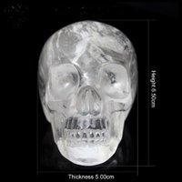 natur geschnitzter schädel großhandel-Hand geschnitzter natürlicher transparenter Kristallschädel, Kristalledelstein menschlicher ausländischer Kopf für heilende Reiki Halloween-Geschenke