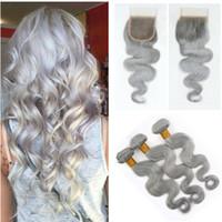 insan saçı örgü grisi toptan satış-Kapatma Sliver Gri Virgin Hair 4 * 4 Üst Kapatma ile Brezilyalı Vücut Dalga İnsan Saç Dokuma 3 Paketler Gri İnsan Saç Paketler