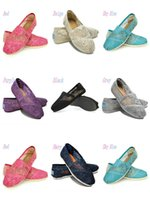 ingrosso pattini del merletto dell'uncinetto-Scarpe casual Donna Classics TO MRS Mocassini Canvas fashion Lace uncinetto Scava fuori Slip-On Flats shoes Scarpe pigre taglia 35-40 spedizione gratuita k7