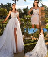 cintura alta vestidos de noiva novo venda por atacado-New Sexy Curto Vestidos de Casamento com OverSkirt Alta Dividir Frisada Laço Da Cintura Praia Vestidos De Noiva Vestidos De Noiva