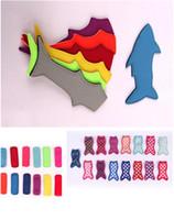 kinder sahne sommer großhandel-Eis am Stiel Halter New Shark Stil Eis am Stiel Sätze von bunten Sommer-Eis Werkzeuge Ice Pop Für Kinder Kinder Geschenke T5I006