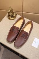 ingrosso scarpe marrone vestito blu-G 2018 Autumn Trend New Pattern Uomo High-end in pelle blu marrone Scarpe da lavoro formale Abiti concisi All-Match Gentleman scarpe comode