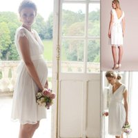 Wholesale knee length dress for pregnant - Elegant Lace Short Wedding Dresses for Maternity Pregnant Gowns 2018 Knee Length Short Sleeves Garden Bridal Gowns Bridal Party Wear