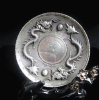 schwarze silberne plattenschuhe großhandel-Sammlerstück dekorieren alte Tibet Silber China Doppel Dragon Ball Münze Platte