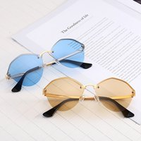 Wholesale italy decor - 88007 Popular Sunglasses Famous Italy Designer Party Decor Sunglasses Fashion Irregular Frame Summer Sunglasses 100% Anti-UV Protection Lens