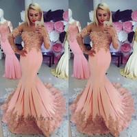 pfirsich rosa abendkleider großhandel-Peach Pink Mermaid Abendkleider mit Capped Long Sleeves Spitze Appliques Sicke durchbrochenen Ausschnitt geraffte formale Abendkleider