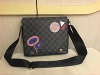 Wholesale hot girl open - 2018 Hot Crossbody Bags For Women Casual Mini Candy Color Messenger Bag For Girls Flap Pu Leather Shoulder Bags