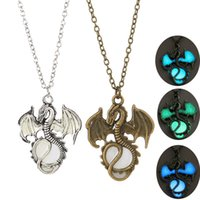 Wholesale animal lords - 6 Lord of The Ring Hobbit Smaug Fantasy Dragon Glow in the Dark Necklace Pendants Fashion Jewelry DROP SHIP 162584