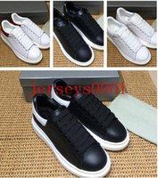 Wholesale fitness cream - 2018 Designer Luxury Brand Man Casual fitness Shoes New Mens Womens Fashion White Leather Comfortable Shoes Flat Casual Shoes Size35-45