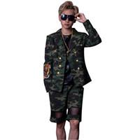 Chaqueta de moda masculina Hip Hop Casual Blazer Hombres Trajes de  camuflaje cruzado (chaqueta + pantalones cortos) 60ee93ac7b3