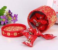 çinli geleneksel kutular toptan satış-150 adet Geleneksel Çin Kırmızı Bronzlaşmaya Şeker Kutusu Silindir Kağıt Düğün Iyilik Hediye Kutusu lin4030