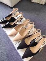 ню кожаные сандалии оптовых-Карандашная кожа Thrill Heels Pumps Женская уникальная дизайнерская насадка на носок Свадебная обувь Sexy Nude Sandals