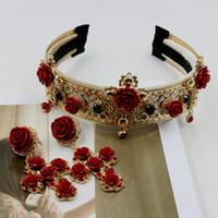 ingrosso tiara di fiori rossi-Fascia in stile barocco Corona più ampia del vintage in metallo croce rossa tiara di fiori da sposa Accessori da sposa 735 S918