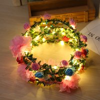 blitzlicht rosen großhandel-Mode Frauen LED Rosen Floral Stirnbänder Leuchtende Blinklicht Blume Haar Garland Kranz Party Hochzeit Liefert