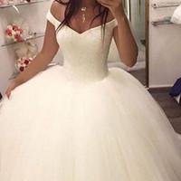 korse gelin elbisesi toptan satış-2018 Balo Gelinlik Tül Kapalı Omuz Kabarık Prenses Boncuklu Korse Gelin Törenlerinde Örgün Custom Made Gelin Için Elbise