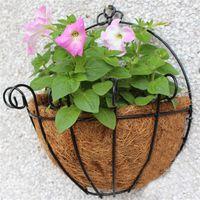 ingrosso decorazioni da giardino in ferro-Creativo Fiore Appeso Cesto Battuto Vaso di fiori in Vimini Rattan Decorazione Pentole Muro Ferro Giardino Balcone Home Planter Vendita calda 9hz3 Z