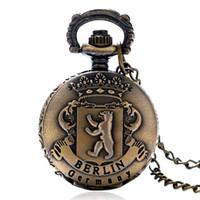 bronz cep saatleri toptan satış-Mini Steampunk Vintage Pocket saat Bronz Güzel Alman Berlin Ayı Heykel Fob Saatler Kadınlar Güzel Hediyeler Reloj De Bolsillo