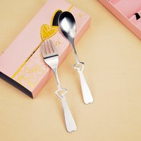 Wholesale wholesale box sets china online - Talheres Lunch Box R8095 Sets Stainless Steel Spoon Packed Hollow Heart shaped Two piece Cutlery spoon Fork