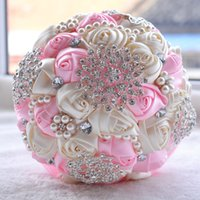 bouquet de flores de luxo venda por atacado-18 CM de Luxo Marfim De Seda Rosa Flores De Casamento De Cristal Broche De Noiva Segurando Flores Borla Cheia de Diamante Ponto De Casamento Do Ramalhete CPA1547