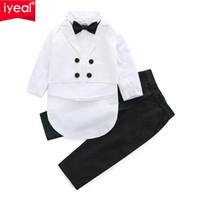 ingrosso partito di battesimo del bambino-IYEAL Baby Boys Adatto 3 pezzi / set formale Tuxedo Suit Baby Boy battesimo battesimo abito infantile festa nuziale set di abbigliamento 1-5Y