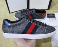 gs markası toptan satış-Yeni Tasarımcı Markalı Yeni Kişilik Lüks Markalar Erkekler Kadınlar Casual Sneakers Beyaz Deri Sneaker kabartmalı g Ayakkabı Kutusu Ile