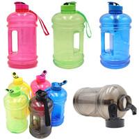 große wasserflaschen großhandel-2.2L Große Kapazität Wasserflaschen Portable Outdoor Sports Gym Training Camping Lauf Kunststoff Wasserflasche Kostenloser Versand WX9-795