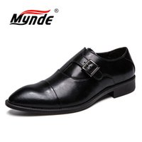 große toe mens beiläufige schuhe großhandel-Mynde Mens Dress Schuhe Mode Spitz Herren Business Casual Schuhe Schwarz Leder Herren Oxfords Big Size 38-47