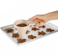 ingrosso dispenser di cottura-Dispenser Imbuto In Plastica Regolabile E Pastella Per La Casa Cupcake Torta Muffin Glassa Cottura Dispensare Imbuti Nuovo 2 5tt Z