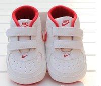 chaussures pour bébés à semelle souple achat en gros de-Nouveau-né bébé garçon doux Sole Chaussures enfant en bas âge anti-dérapant Sneaker Chaussures Casual Prewalker bébé classique First Walker Nouveau bébé tout-petits Chaussures Nouveau